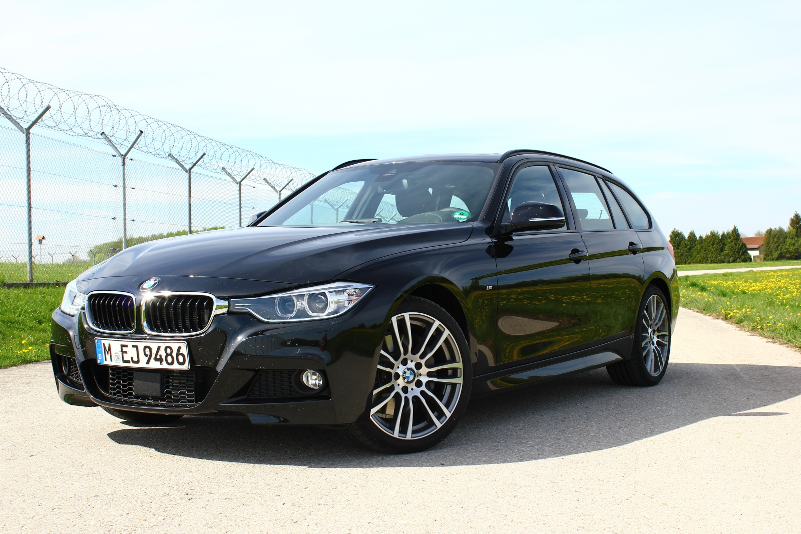 bmw 335d xdrive touring im test ubi testet. Black Bedroom Furniture Sets. Home Design Ideas